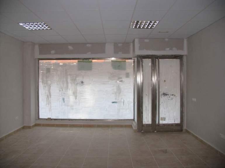 Local Avda. Lope de Vega 170 m2