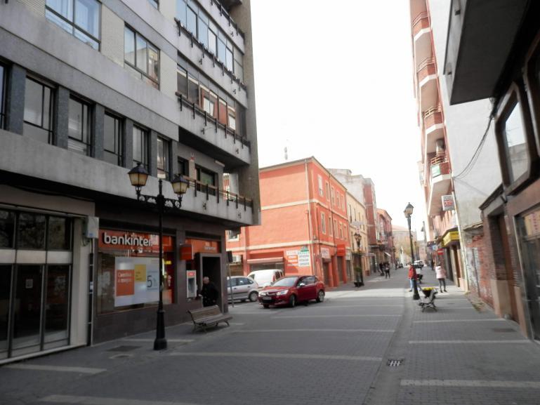 Local – Oficinas en calle Maldonado