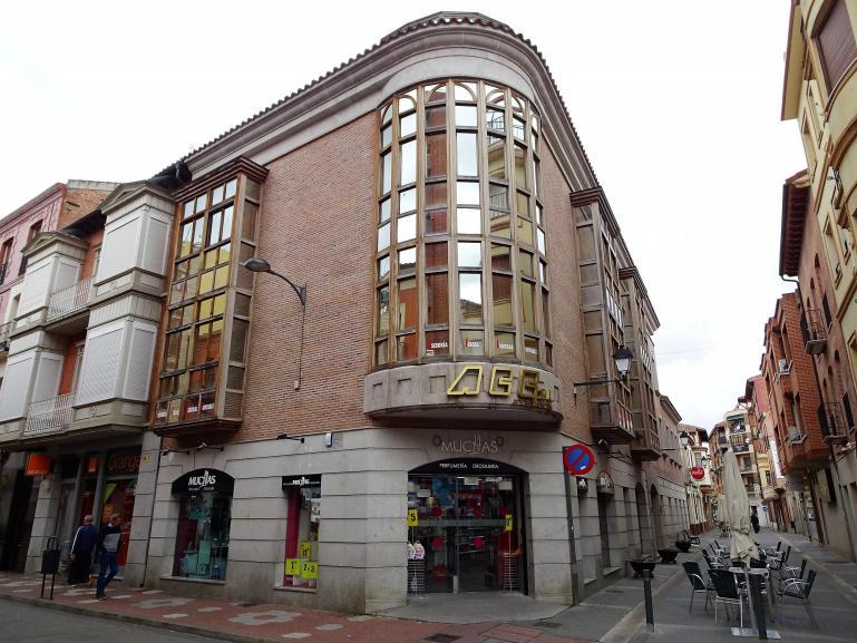 Piso de lujo en el centro de Medina calle Padilla esquina calle Pozo