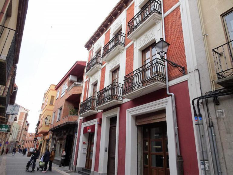 Piso a estrenar calle Bernal Díaz
