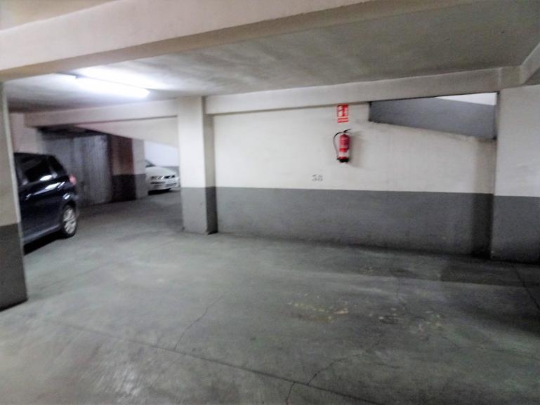 Garaje en venta o alquiler en Plaza de Segovia