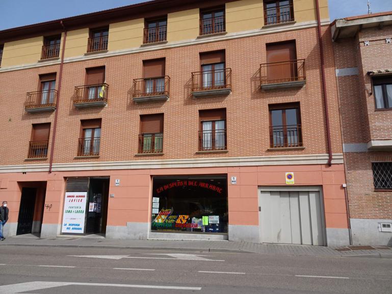 Alquiler garaje calle Artillería