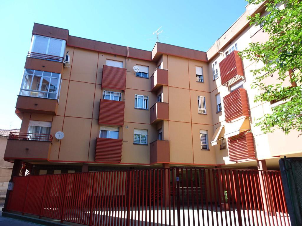 Alquiler piso calle Mostenses
