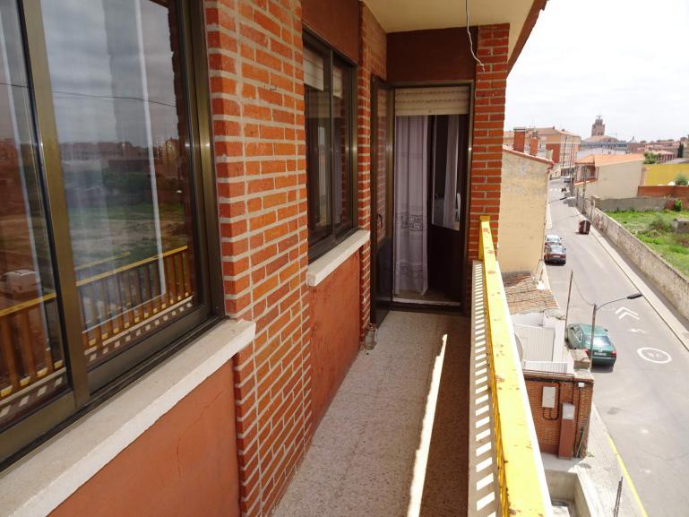 Venta piso calle Doña Leonor