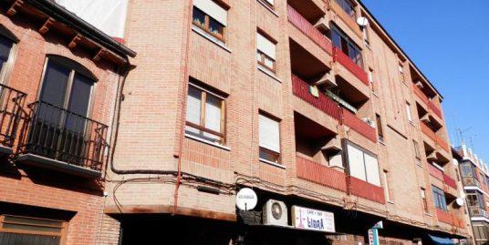 Venta piso Rafael Giraldo